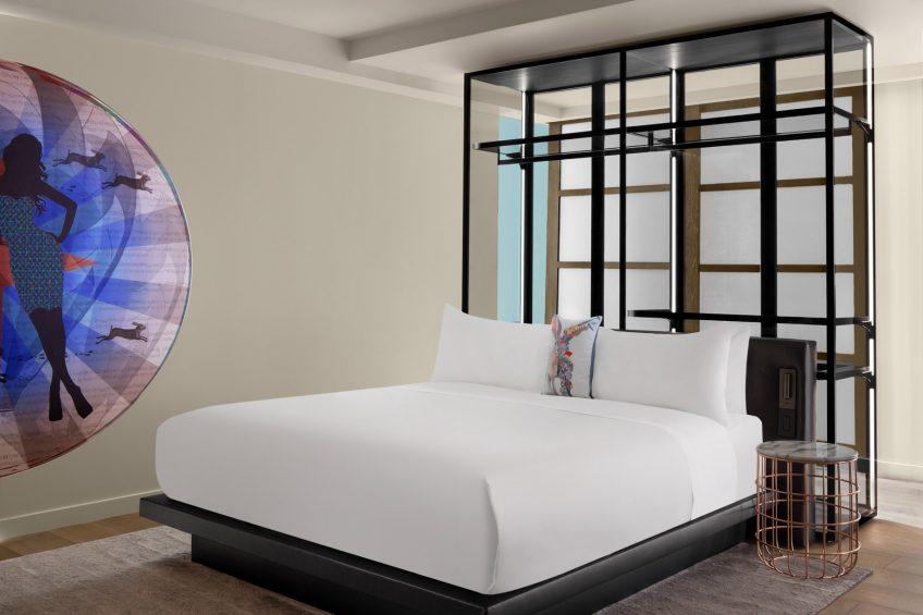 W Scottsdale Luxury Hotel - Scottsdale, AZ, USA - Studio Suite King Bed
