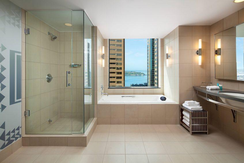W Seattle Luxury Hotel - Seattle, WA, USA - WOW Suite Bathroom