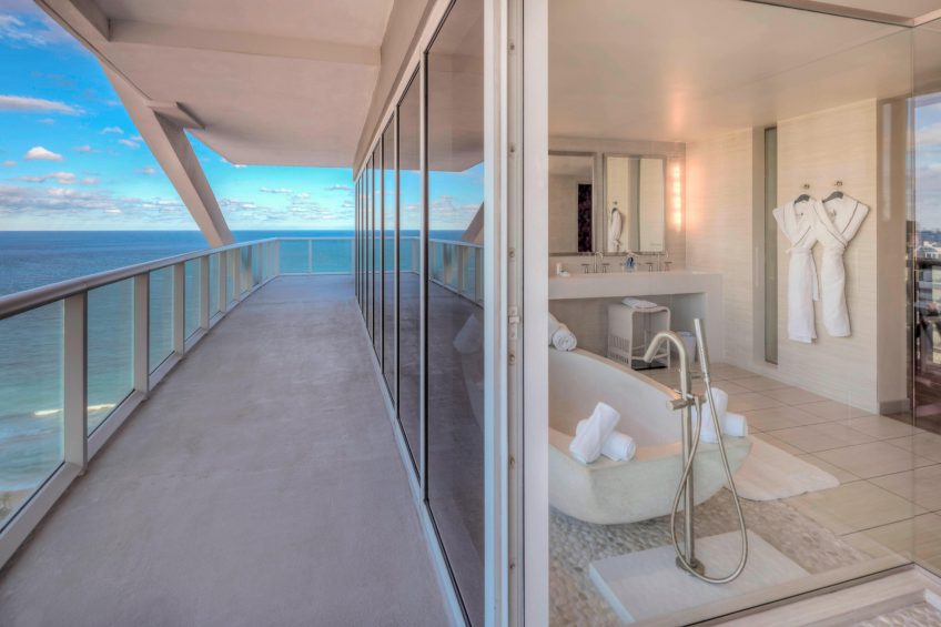 W Fort Lauderdale Luxury Hotel - Fort Lauderdale, FL, USA - Wow Suite Balcony