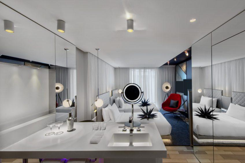 W London Luxury Hotel - London, United Kingdom - Guest Bathroom
