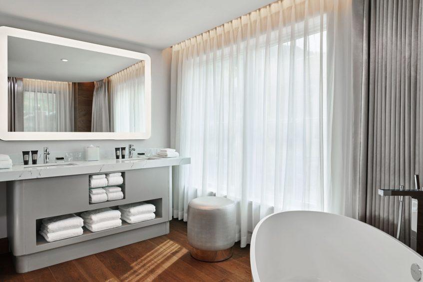 W Aspen Luxury Hotel - Aspen, CO, USA - Wow Suite Guest Bathroom Vanity