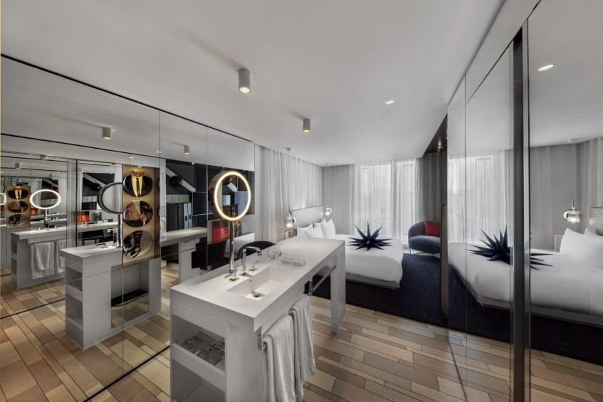 W London Luxury Hotel - London, United Kingdom - Guest Walk in Bathroom