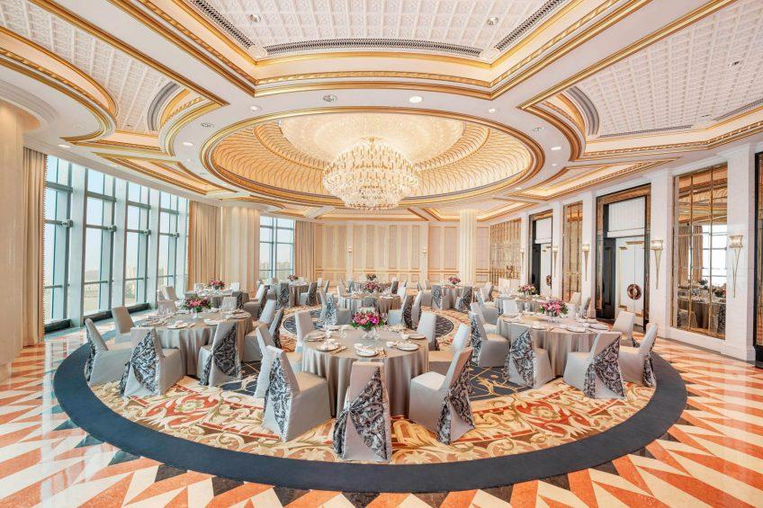 The St. Regis Zhuhai Luxury Hotel - Zhuhai, Guangdong, China - The St. Regis Roof Round Table Setup
