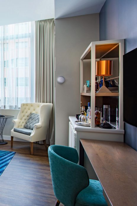 W Boston Luxury Hotel - Boston, MA, USA - Fabulous Guest Room Interior Amenities