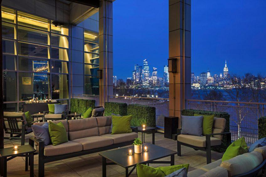 W Hoboken Luxury Hotel - Hoboken, NJ, USA - LULU Terrace Night