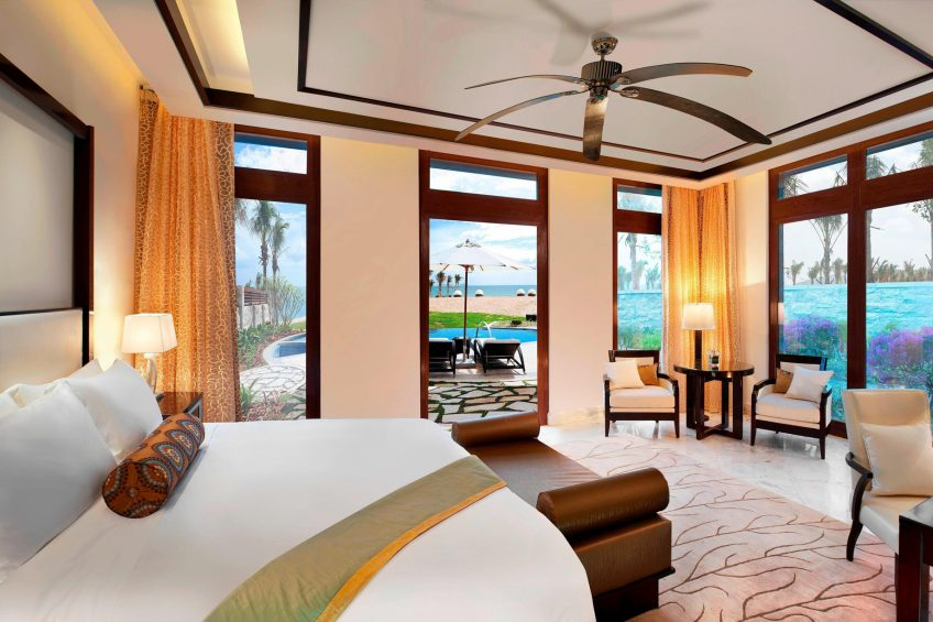 The St. Regis Sanya Yalong Bay Luxury Resort - Hainan, China - Seaside One Bedroom Villa King Bedroom