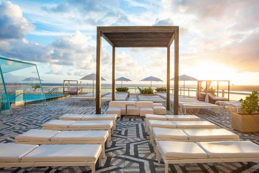 W Fort Lauderdale Luxury Hotel - Fort Lauderdale, FL, USA - WET Pool Deck