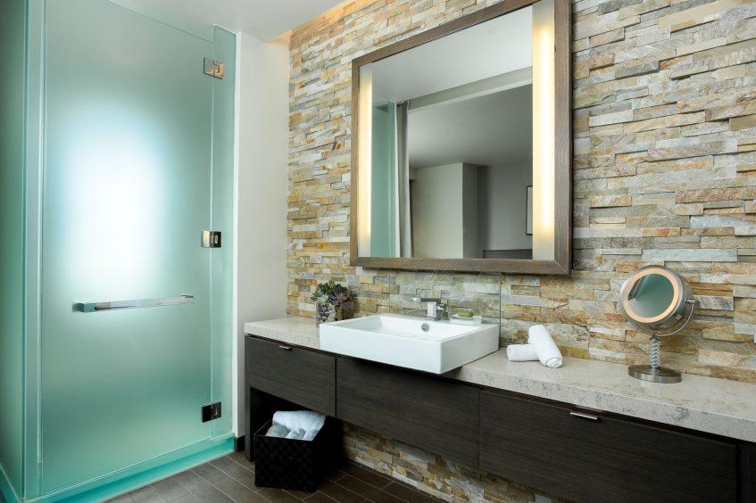 W Scottsdale Luxury Hotel - Scottsdale, AZ, USA - Suite Bathroom