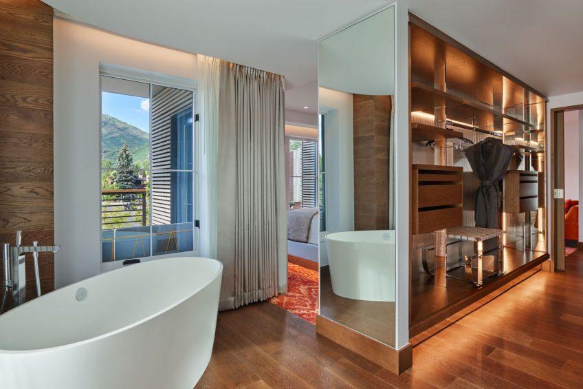 W Aspen Luxury Hotel - Aspen, CO, USA - Wow Suite Guest Bathroom