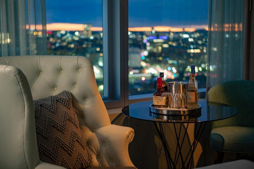 W Boston Luxury Hotel - Boston, MA, USA - Fabulous Guest Room Night View