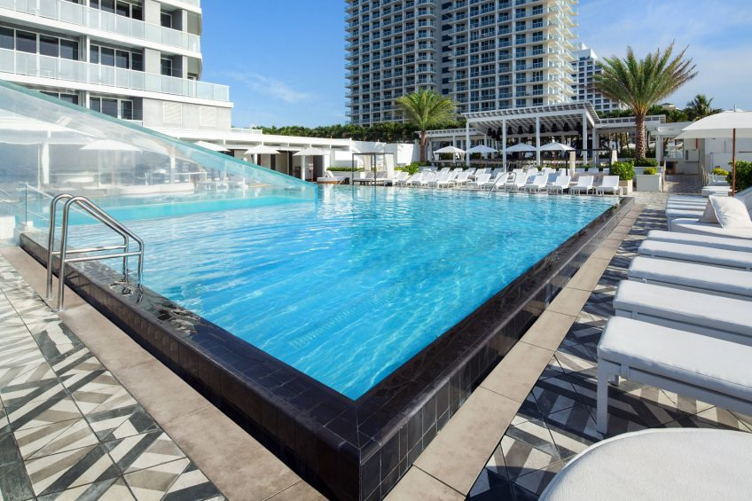 W Fort Lauderdale Luxury Hotel - Fort Lauderdale, FL, USA - WET Pool Lounge Chairs