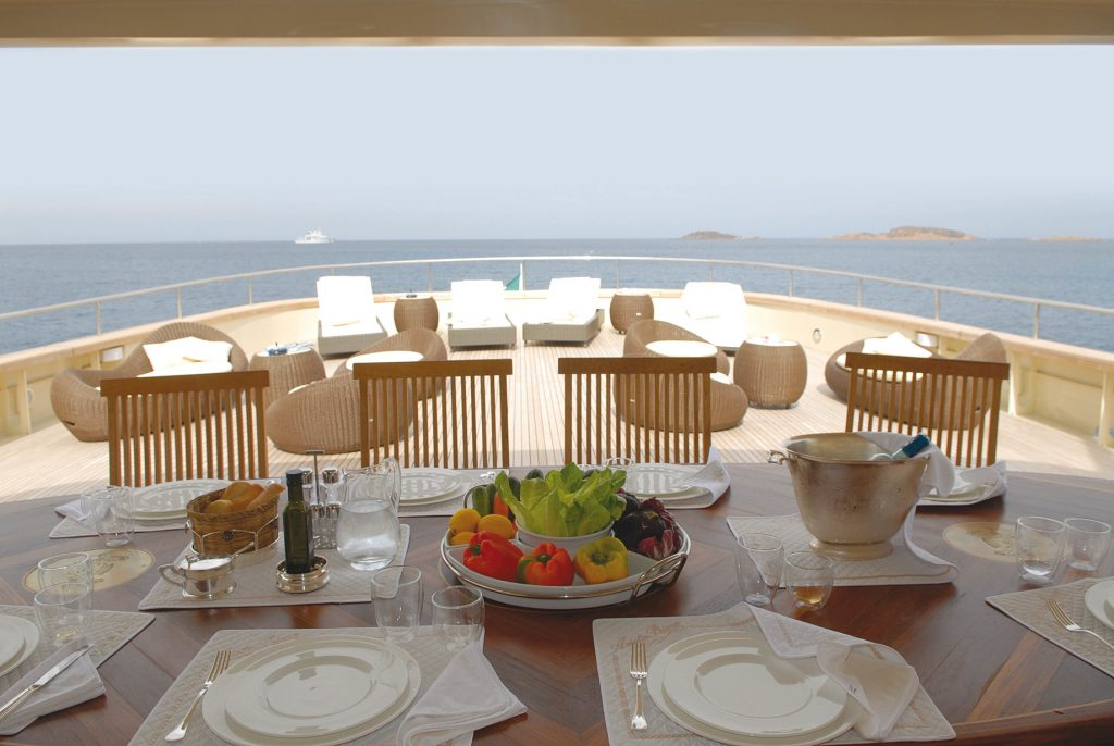 Discover Six of the Best Luxury Yachts for Sale - MY ARIETE PRIMO - Aft Dining