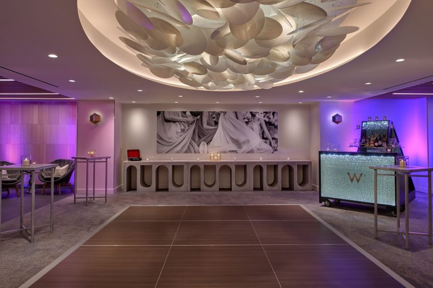 W Los Angeles West Beverly Hills Luxury Hotel - Los Angeles, CA, USA - Gallery A Room