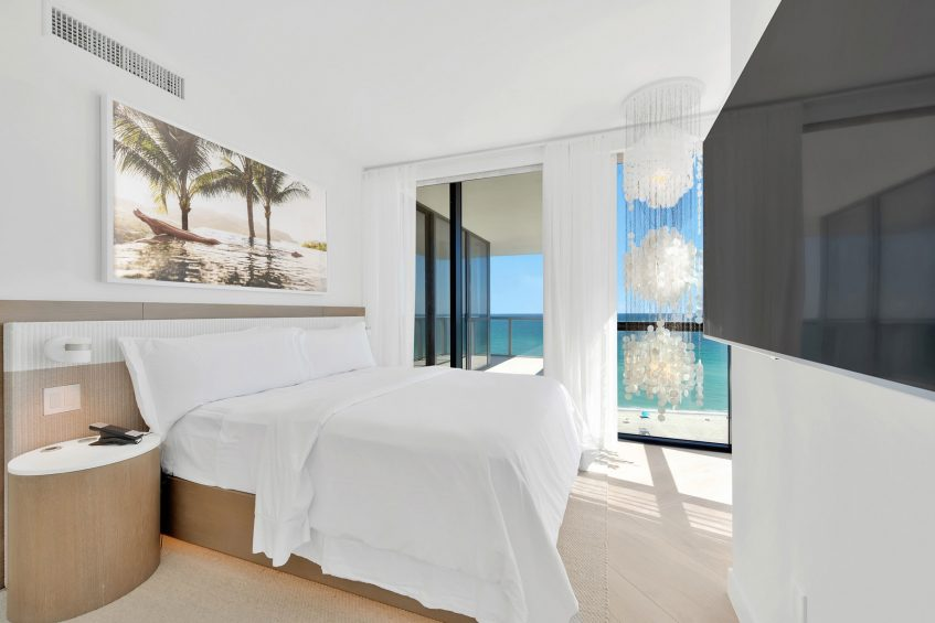 W South Beach Luxury Hotel - Miami Beach, FL, USA - Cool Corner Suite