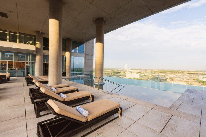 W Dallas Victory Luxury Hotel - Dallas, TX, USA - WET Outdoor Infinity Edge Pool View
