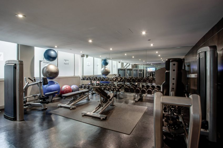 W Chicago Lakeshore Luxury Hotel - Chicago, IL, USA - Fitness Center Weights