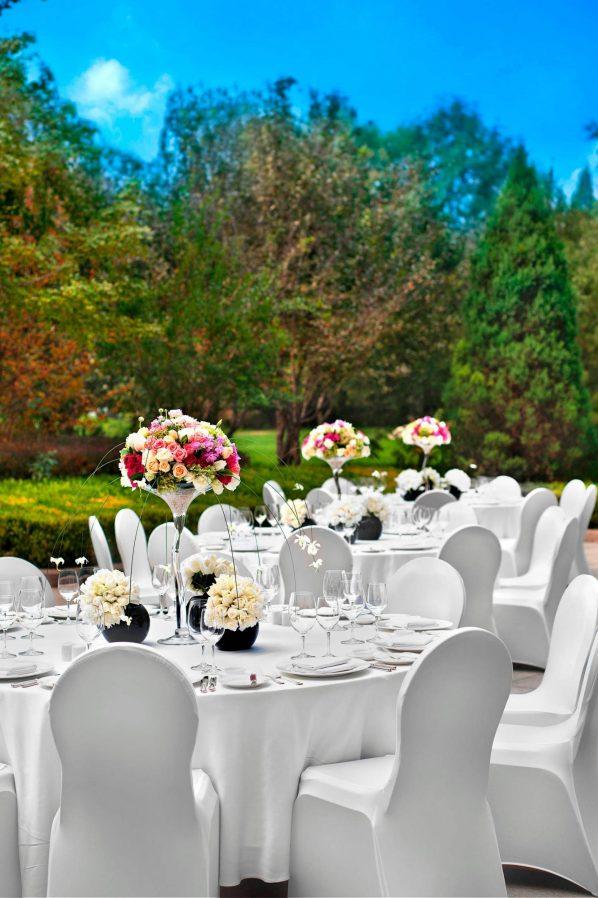 The St. Regis Beijing Luxury Hotel - Beijing, China - St.Regis Garden Table