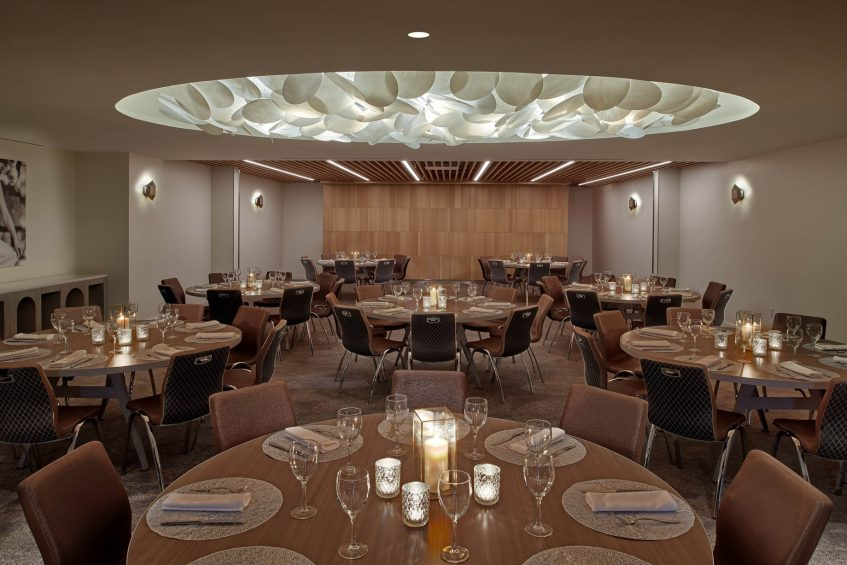 W Los Angeles West Beverly Hills Luxury Hotel - Los Angeles, CA, USA - Gallery A Round Tables