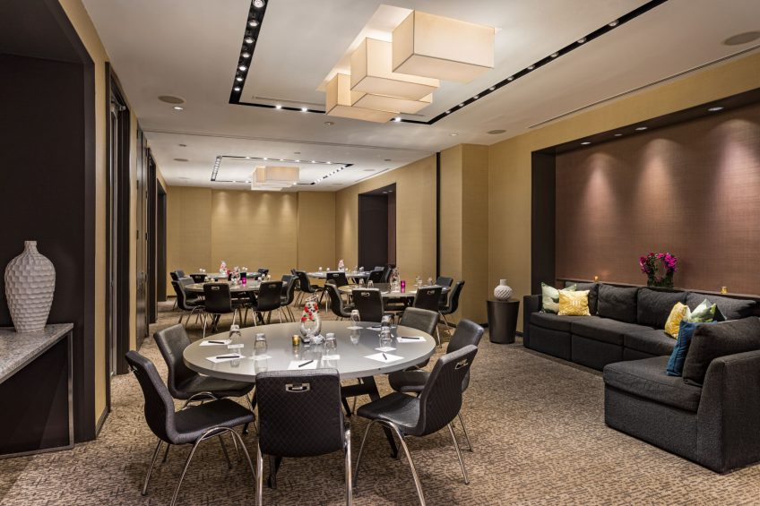 W New York Times Square Luxury Hotel - New York, NY, USA - Studio Crescent Rounds