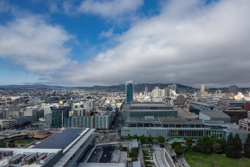 W San Francisco Luxury Hotel - San Francisco, CA, USA - Guest Room City Mountain View