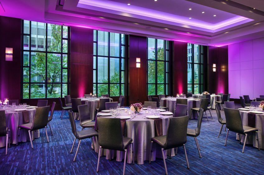 W Seattle Luxury Hotel - Seattle, WA, USA - Great Room Dinner Set