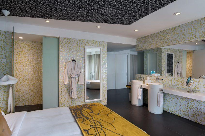 W Bogota Luxury Hotel - Bogota, Colombia - Marvelous Suite Bathroom