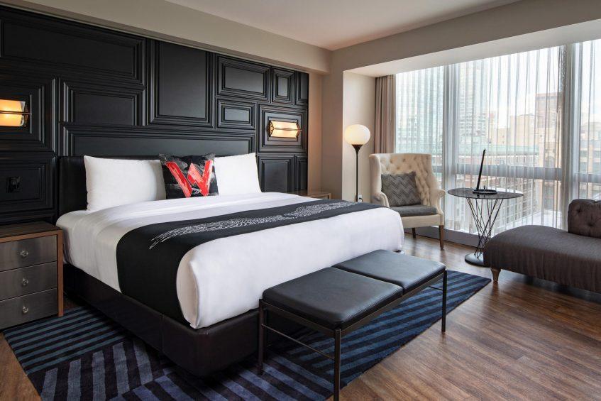 W Boston Luxury Hotel - Boston, MA, USA - Mega Guest Room Bed