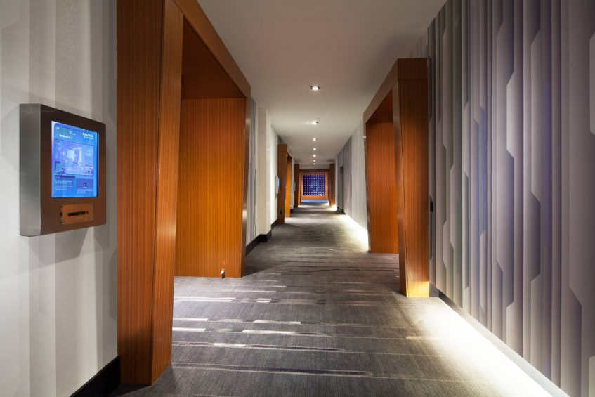 W Dallas Victory Luxury Hotel - Dallas, TX, USA - Corridor
