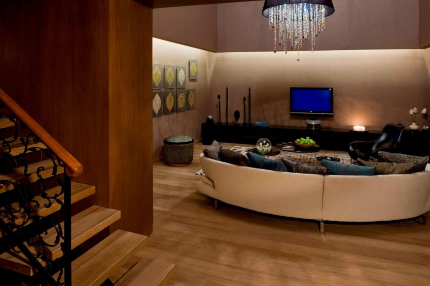 W Istanbul Luxury Hotel - Istanbul, Turkey - WOW Suite Seating Area