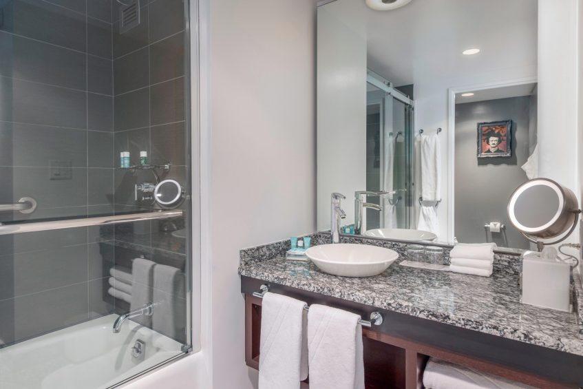 W Boston Luxury Hotel - Boston, MA, USA - Mega Guest Room Bathroom