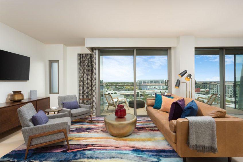W Scottsdale Luxury Hotel - Scottsdale, AZ, USA - WOW Suite Living Area View