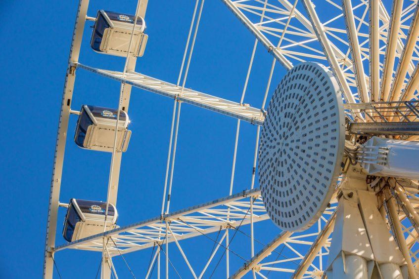 W Seattle Luxury Hotel - Seattle, WA, USA - Seattle Great Wheel
