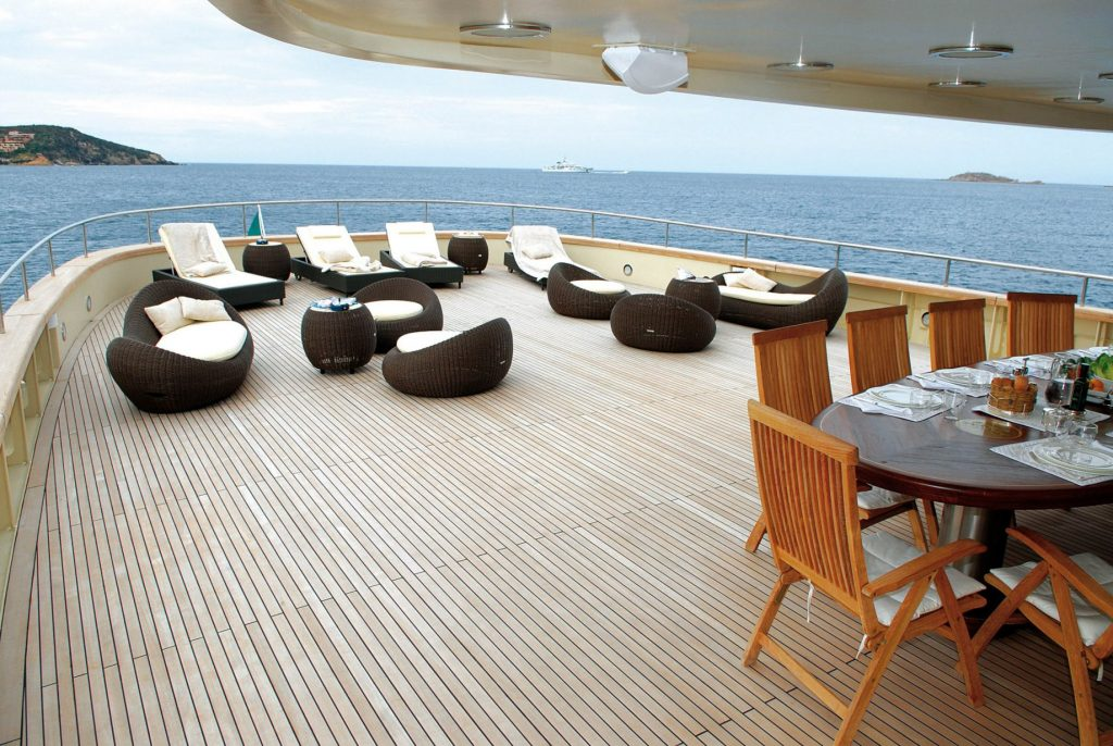 Discover Six of the Best Luxury Yachts for Sale - MY ARIETE PRIMO - Aft Sunbeds