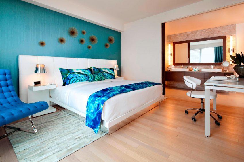 W Scottsdale Luxury Hotel - Scottsdale, AZ, USA - WOW Suite Bedroom