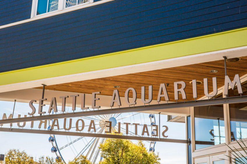 W Seattle Luxury Hotel - Seattle, WA, USA - Seattle Aquarium
