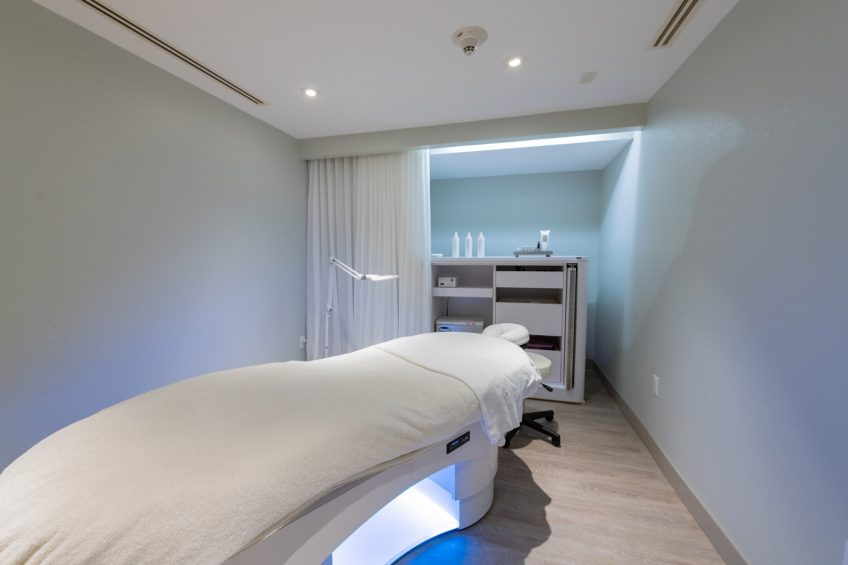 W Fort Lauderdale Luxury Hotel - Fort Lauderdale, FL, USA - AWAY Spa Massage and Facial Services