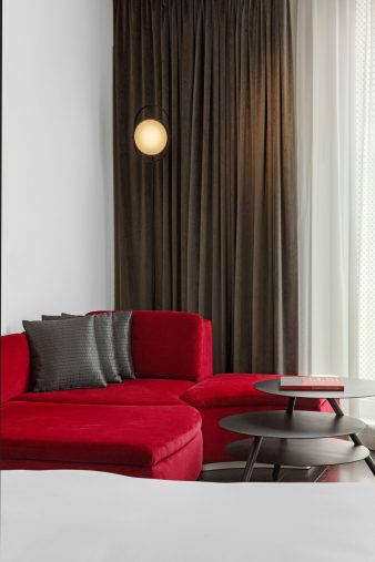 W London Luxury Hotel - London, United Kingdom - Studio Suite Sitting Area