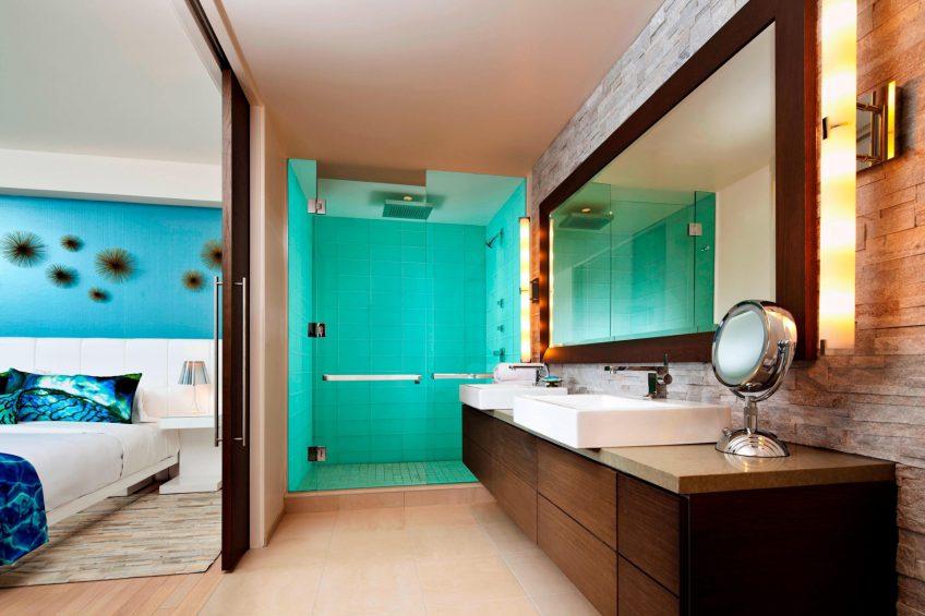 W Scottsdale Luxury Hotel - Scottsdale, AZ, USA - WOW Suite Guest Bathroom
