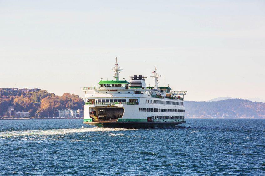 W Seattle Luxury Hotel - Seattle, WA, USA - Seattle Ferries