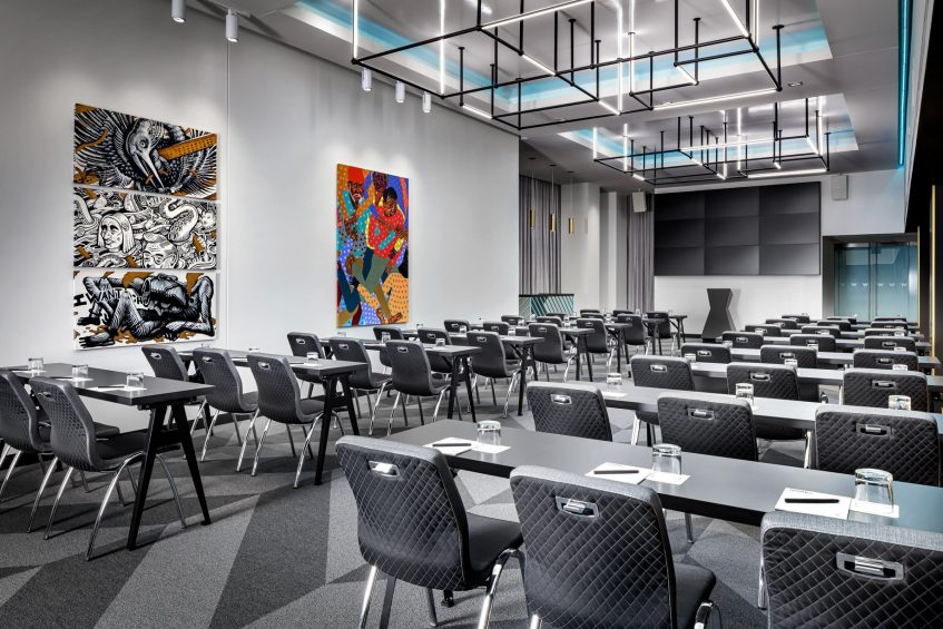 W Montreal Luxury Hotel - Montreal, Quebec, Canada - The Gallery Classroom