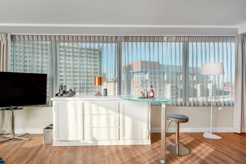 W Boston Luxury Hotel - Boston, MA, USA - Mega Guest Room Living Area View