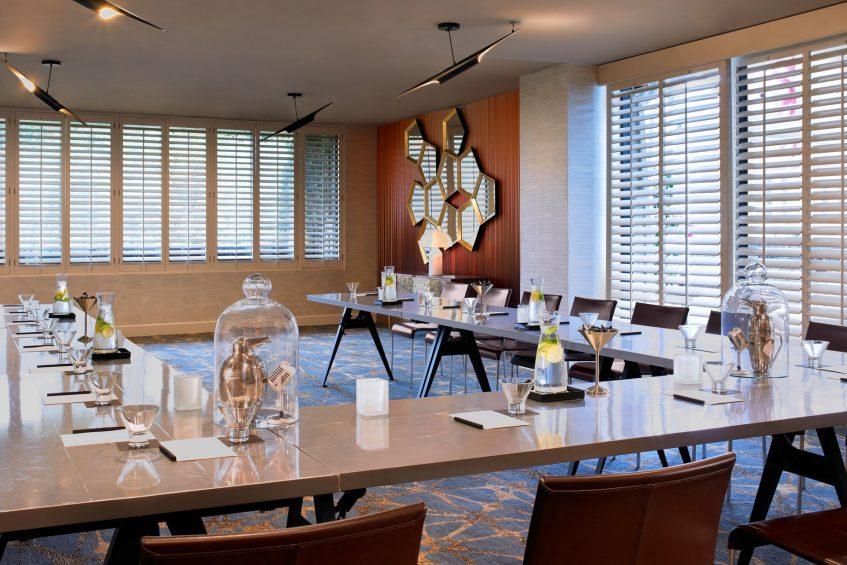 W Los Angeles West Beverly Hills Luxury Hotel - Los Angeles, CA, USA - Studio Three U Shape Setup