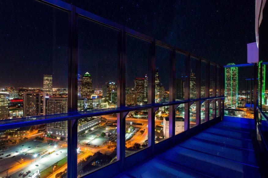 W Dallas Victory Luxury Hotel - Dallas, TX, USA - Downtown View Night