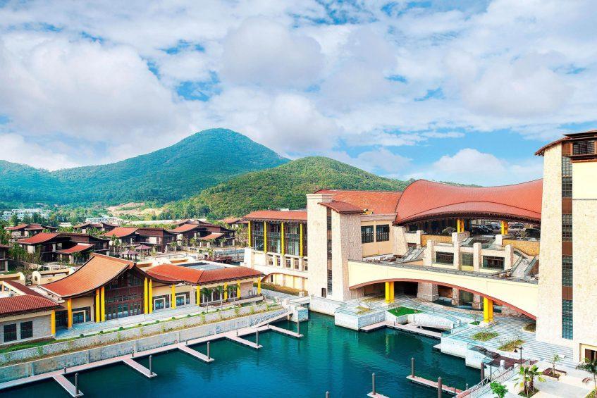 The St. Regis Sanya Yalong Bay Luxury Resort - Hainan, China - Marina