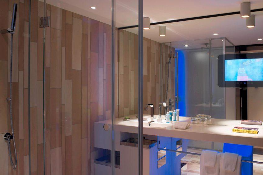W London Luxury Hotel - London, United Kingdom - Suite Bathroom Vanity
