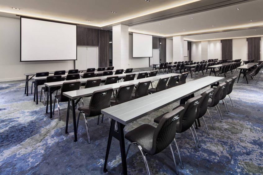 W Fort Lauderdale Luxury Hotel - Fort Lauderdale, FL, USA - Mingle Meeting Room Classroom Setup