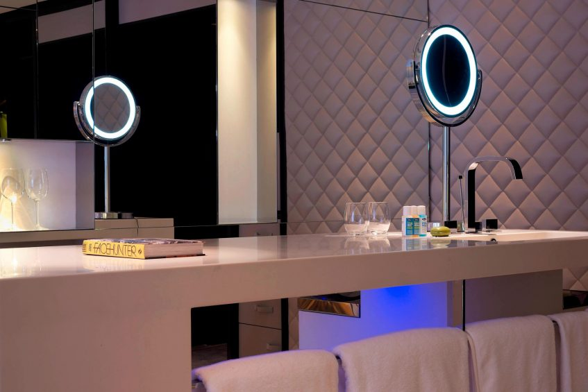 W London Luxury Hotel - London, United Kingdom - Wonderful Room Bathroom