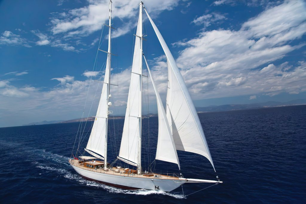 Discover Six of the Best Luxury Yachts for Sale - SY GWEILO - Sails