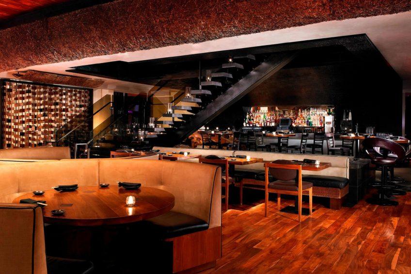 W Scottsdale Luxury Hotel - Scottsdale, AZ, USA - Sushi Roku Seating