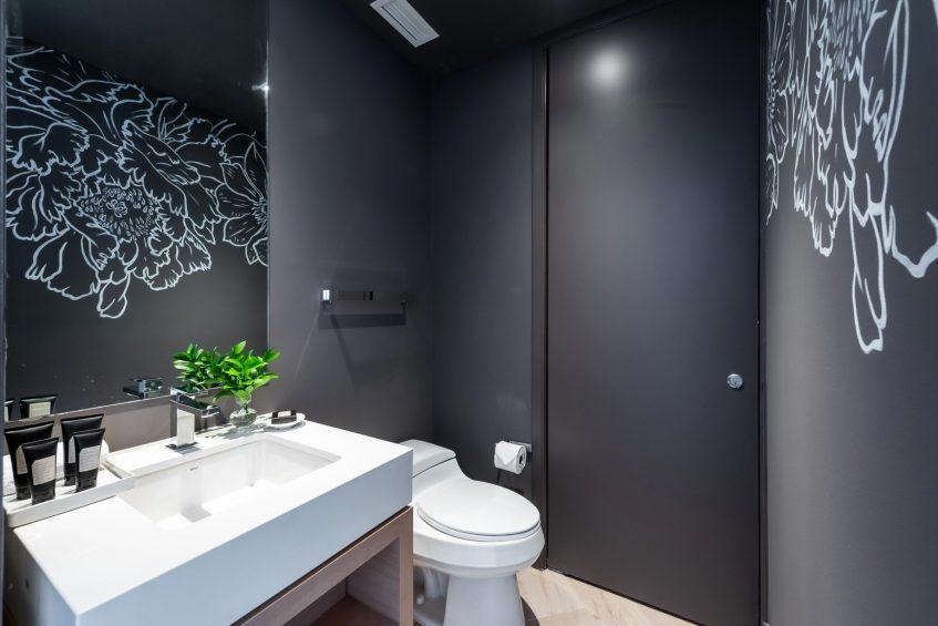 W South Beach Luxury Hotel - Miami Beach, FL, USA - Oasis Suite Bathroom Decor